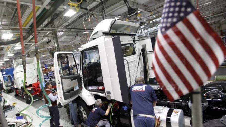 Una fábrica de ensamblaje de vehículos en Estados Unidos.