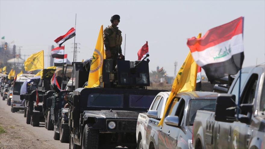 Caravana de las Unidades de Movilización Popular de Irak en el norte de Bagdad (la capital)