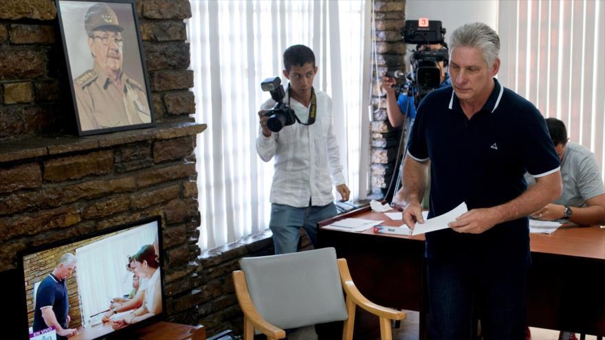Cubanos dan 'sí' rotundo a nueva Constitución en referéndum | HISPANTV