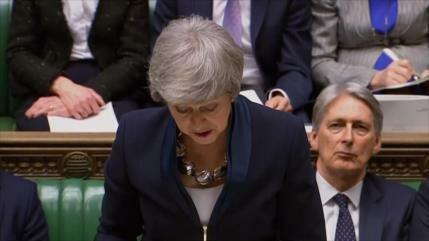 May: El Parlamento podrá retrasar Brexit si no hay acuerdo