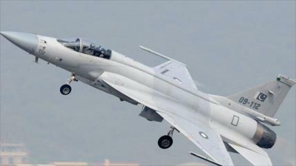 Vídeo: Paquistán derriba dos aviones de combate de La India