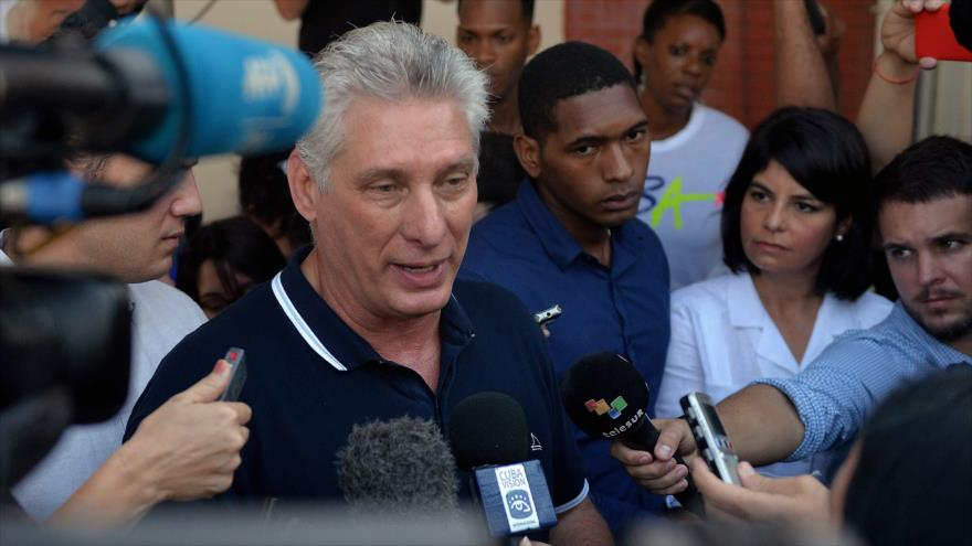 Miguel Diaz-Canel habla a la prensa en la Habana Cuba, 24 de febrero de 2019. (Foto AFP)