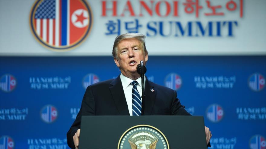 El presidente de EE.UU., Donald Trump, habla en una conferencia de prensa tras reunirse con líder norcoreano, Hanói, 28 de febrero de 2019. (Foto: AFP)