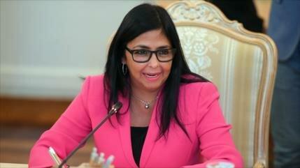 """""""Maduro dio instrucciones para trasladar oficina de PDVSA a Moscú"""""""