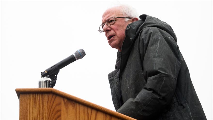 El candidato demócrata a las presidenciales de 2020 de EE.UU. Bernie Sanders, en acto de campaña, Nueva York, EE.UU., 2 de marzo de 2019. (Foto: AFP)