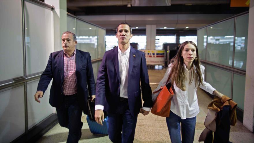 Guaidó retorna a Venezuela en desafío al Gobierno constitucional