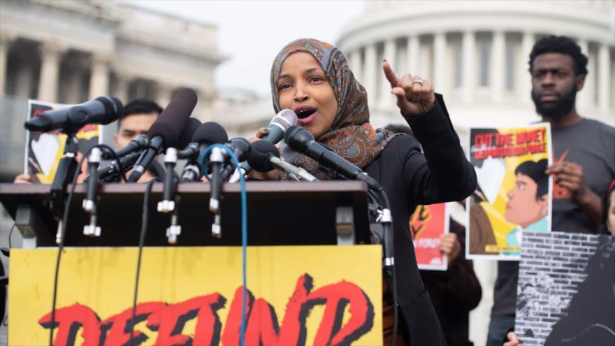 Lobbistas israelíes piden renuncia de la congresista Ilhan Omar | HISPANTV