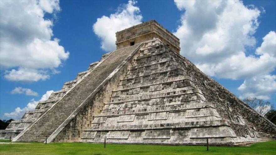 El templo de Kukulkán, también conocido como el Castillo, en Chichén Itzá (en México).