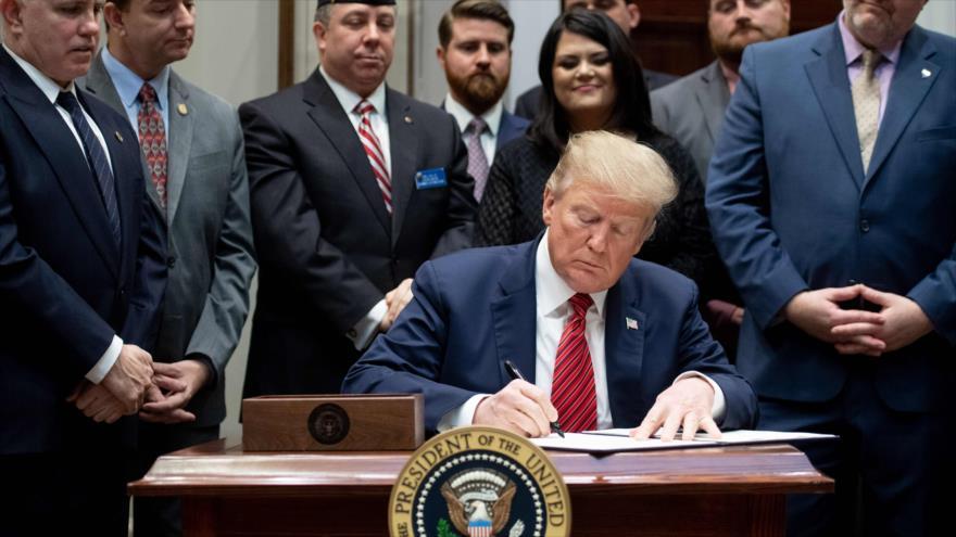 Trump busca prevenir suicidios de veteranos, cuya cifra crece | HISPANTV