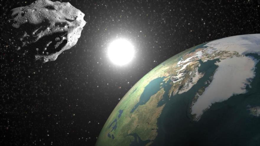 Un gigantesco asteroide en forma de hipopótamo se acerca a la Tierra.