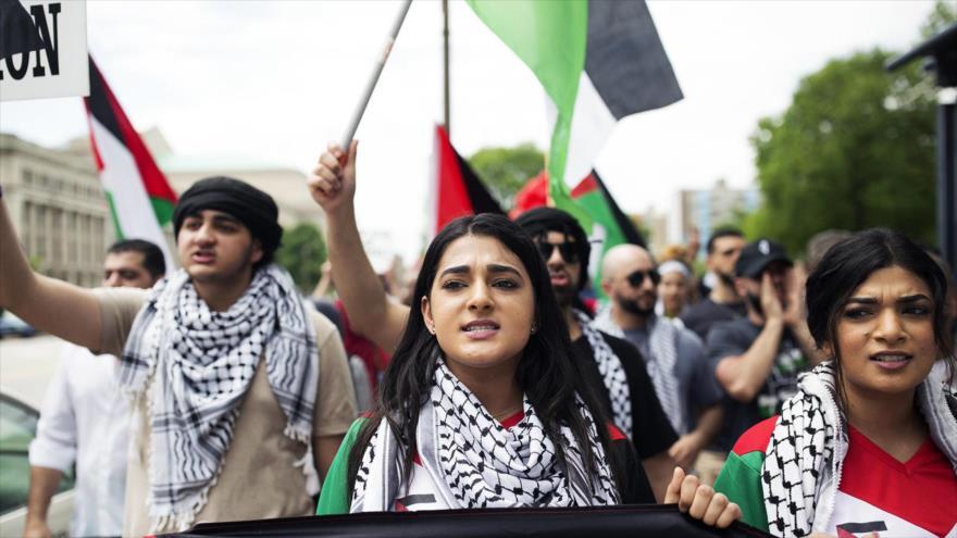 Apoyo estadounidense a Israel alcanza cifra más baja en una década | HISPANTV