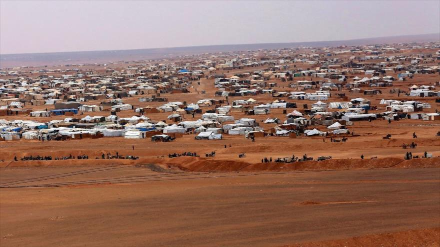 'Se suman tumbas a las 300 en campamento bajo control de EEUU' | HISPANTV
