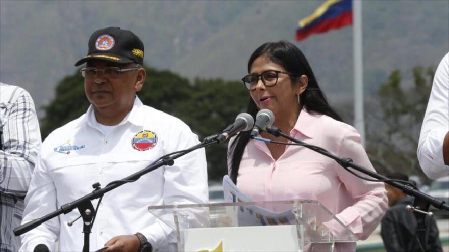 La vicepresidenta de Venezuela, Delcy Rodríguez, ofrece un discurso en el Parque Bolívar, en Caracas, 6 de marzo de 2019.