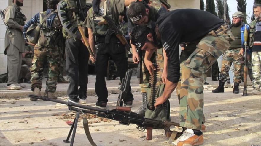 Miembros del grupo terrorista Frente Al-Nusra en la región de Guta Oriental, sita al este de Damasco (la capital de Siria),
