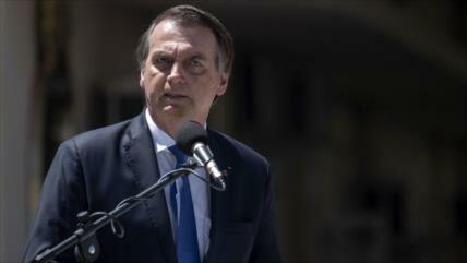 Bolsonaro estudia decreto para aplicación de sanciones a Venezuela