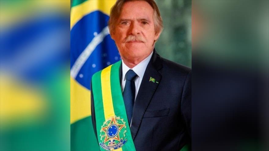 El actor José de Abreu, autoproclamado presidente de Brasil, inspirado en el venezolano Juan Guaidó.