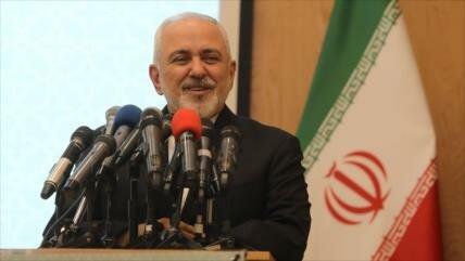 Zarif: Los vínculos entre Irán e Irak benefician a Oriente Medio