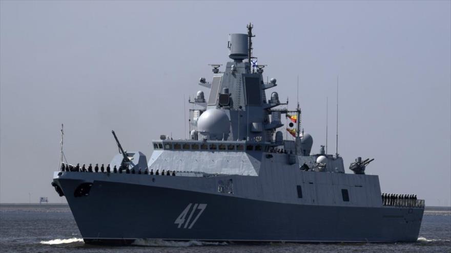 La fragata rusa Almirante Gorshkov, de la que algunas fuentes afirman que está dotada con el arma alucinógena Filin 5P-42. (Foto: RT)