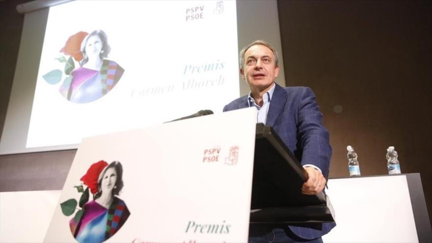 El expresidente del Gobierno español José Luis Rodríguez Zapatero da un discurso en Valencia, 10 de marzo de 2019.