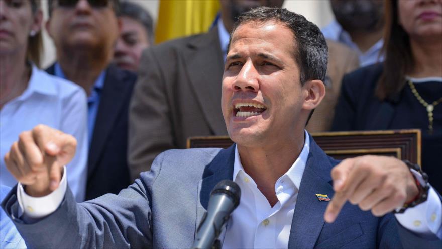 El opositor venezolano Juan Guaidó, en una conferencia de prensa en la Asamblea Nacional de Venezuela, en Caracas 10 de marzo de 2019. Foto: (AFP)