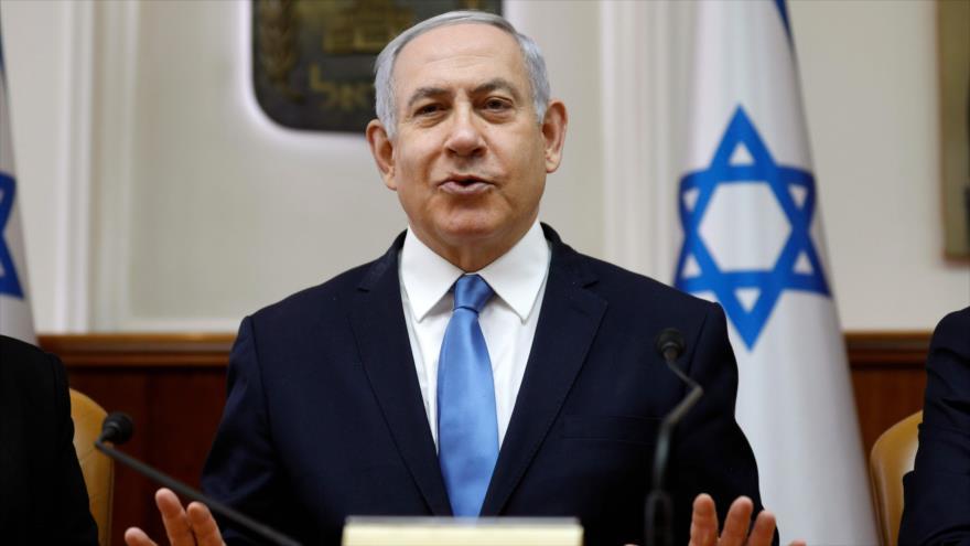 El primer ministro de Israel, Benjamín Netanyahu, habla en una sesión del gabinete en Al-Quds (Jerusalén), 10 de marzo de 2019. (Foto: AFP)