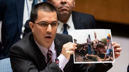 Arreaza: EEUU fracasó, no le queda sino dialogar con Venezuela