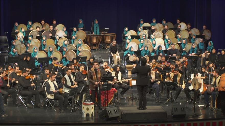 Irán: 1- El instrumento musical iraní; Daf 2- Las aldeas en Jansaar 3- La histórica ciudad de Seimareh