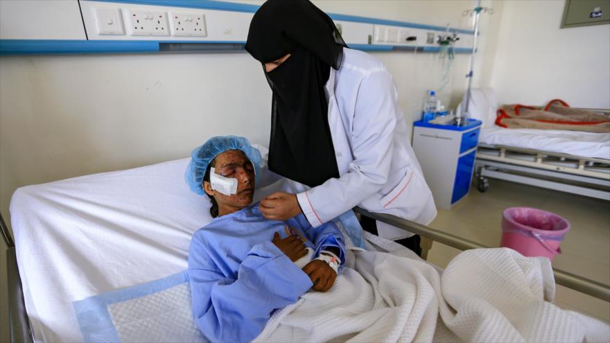 Una de las víctimas del ataque aéreo perpetrado por Arabia Saudí y sus aliados contra civiles en la provincia yemení de Hajjah, 11 de marzo de 2019. (Foto: AFP)