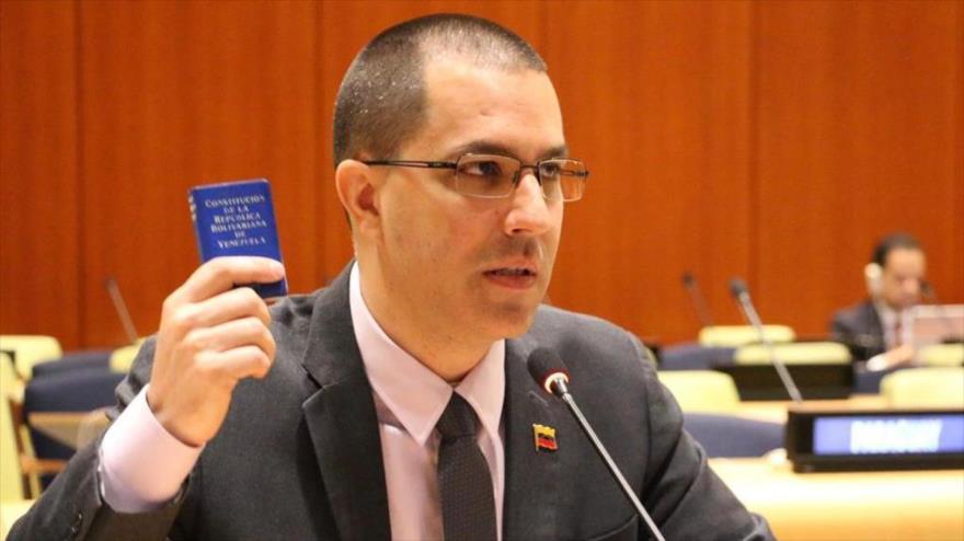 El canciller venezolano, Jorge Arreaza, en una reunión del Movimiento de Países No Alineados (MPNA), en Ginebra, Suiza, 28 de febrero de 2019. (Foto: VTV)