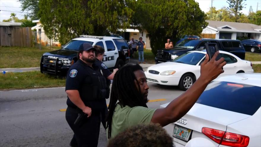 Comunidades de color en EEUU, víctimas de brutalidad policial | HISPANTV