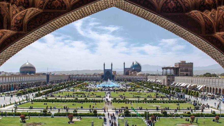 La plaza histórica de Naqsh-e Yahan, en la ciudad de Isfahán, en el centro de Irán.