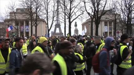 Chalecos amarillos cumplen cuatro meses de marchas en Francia