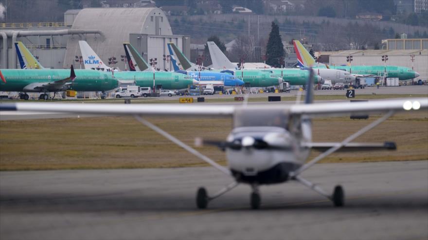 Aviones Boeing 737, incluidos unos modelos 737 MAX, en el Aeropuerto Municipal de Renton fuera de la empresa fabricante, 14 de marzo de 2019. (Foto: AFP)