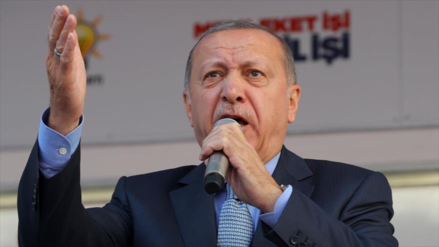 El presidente de Turquía, Recep Tayyip Erdogan, en un acto en Ankara (la capital), 14 de marzo de 2019. (Foto: AFP)