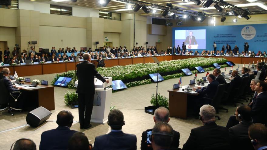 Una reunión extraordinaria de la Organización de Cooperación Islámica (OCI) en Estambul (Turquía), 18 de mayo de 2018. (Foto: AFP)