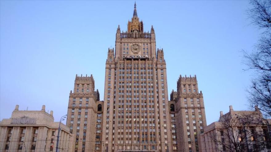 Rusia a EEUU: Resuelvan sus problemas en vez de injerir en otros países
