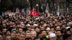 Miles de personas protestan contra islamofobia en todo el mundo