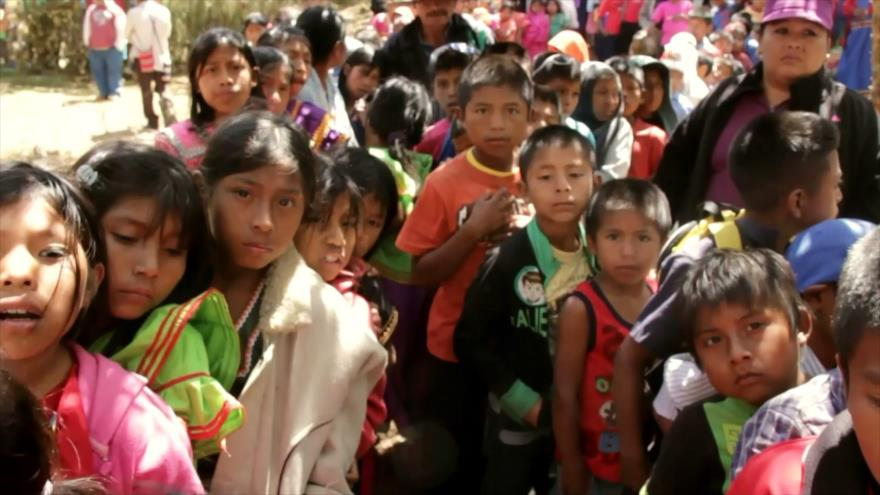 Más de 450 000 niños experimentan pobreza en Panamá | HISPANTV