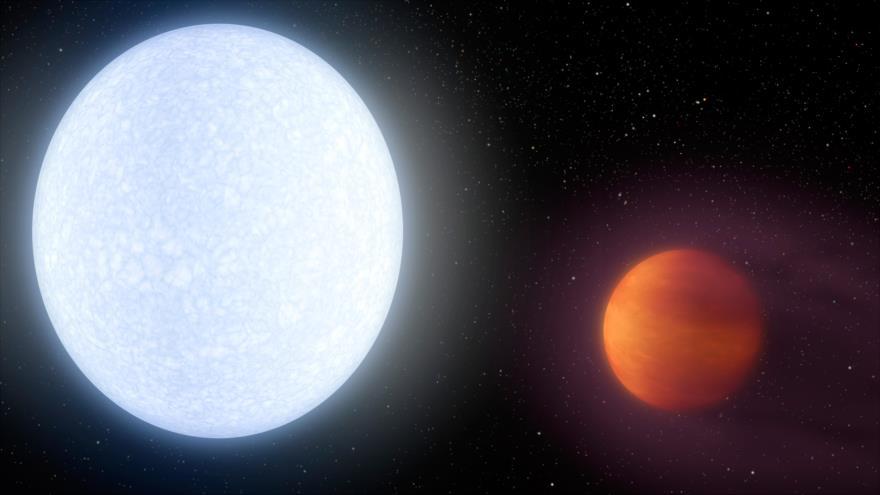 """Una imágen ilustrativa muestra un ejemplo de un """"júpiter caliente"""" (dcha.) cerca de su estrella madre."""