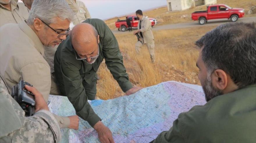 El jefe del Estado Mayor de las Fuerzas Armadas de Irán, el general de división Mohamad Hosein Baqeri (1º izda.), visita Siria.