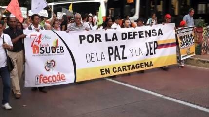 Colombianos marchan en favor de la Justicia Especial para La Paz