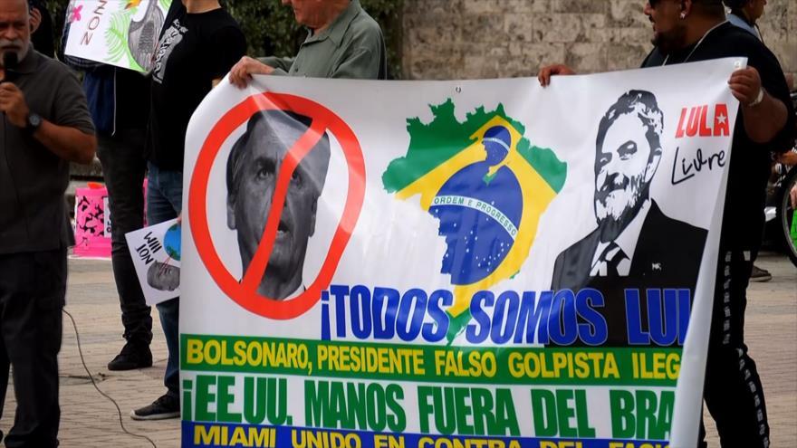 Estadounidenses protestan contra visita de Jair Bolsonaro a Miami