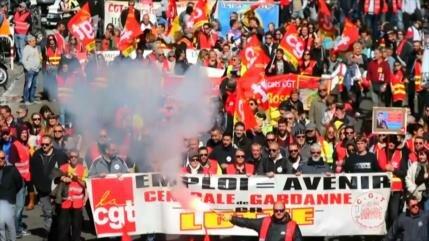 """Sindicatos en Francia se solidarizan con los """"chalecos amarillos"""""""