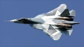 """Putin enaltece el Su-57, el """"mejor avión de combate del mundo"""""""