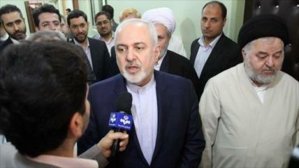 Zarif a EEUU: Iraníes nunca permitirán a otros decidir su destino