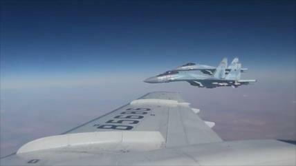 Vídeo: Cazas Su-35 escoltan al ministro de Defensa ruso en Siria