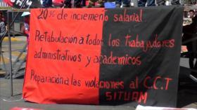 Maestros de la CNTE protestan en México contra reforma educativa