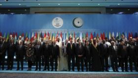 Zarif denuncia papel de EEUU por propagar islamofobia en el mundo