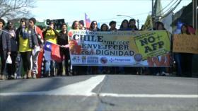 Organizan marcha contra sistema previsional chileno