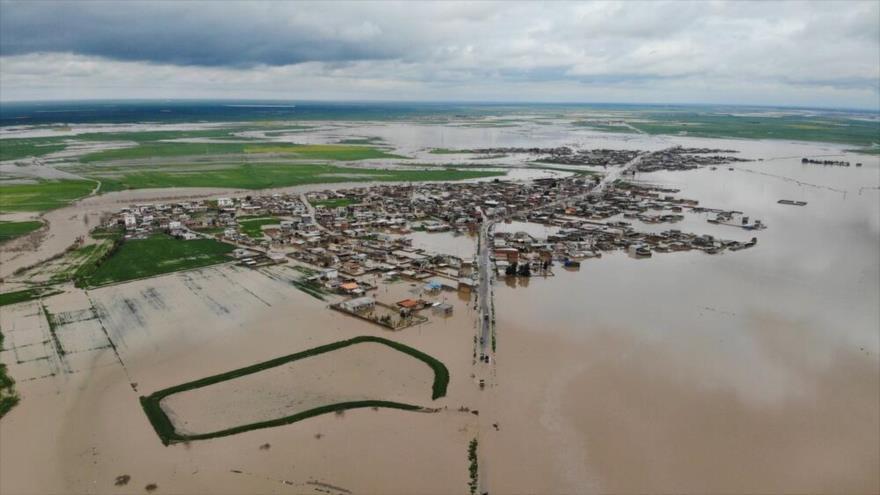 Lluvias torrenciales provocan inundaciones en el norte de Irán